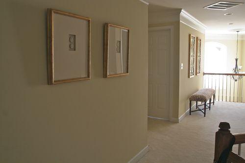JoniIandII-hallway